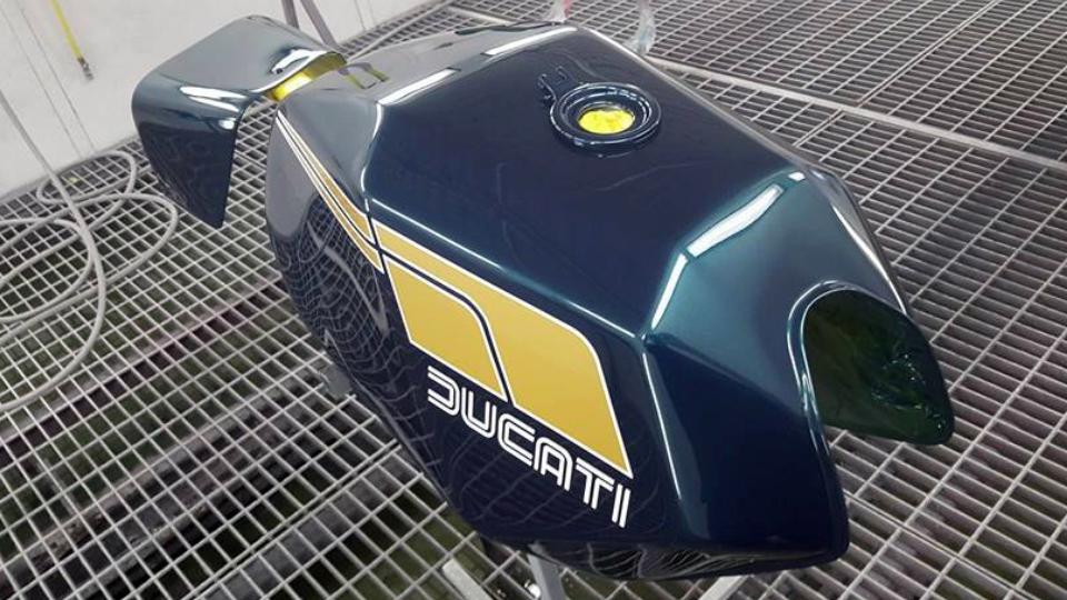 custom-motorbike-paint