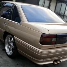 holden-commodore-vn-1